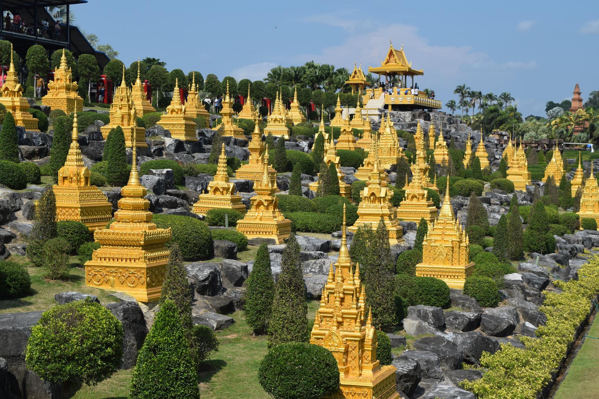 french garden Nong Nooch Tropical Botanical Garden Pattaya Thailnd travel photographer